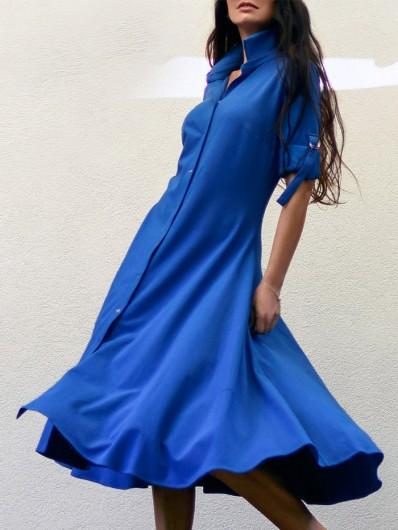 Rozkloszowana kobieca sukienka kobaltowa z rękawem i kołnierzem koszulowym Bee Collection Lora