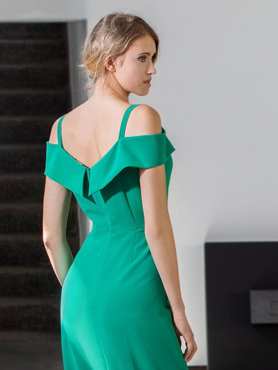 Oryginalna wieczorowa sukienka z odkrytymi plecami zielona Bee Collection Kasjana