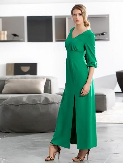 Sukienka wieczorowa w zielonym kolorze, podkreślającym biust i talię z rękawem Bee Collection Lenka