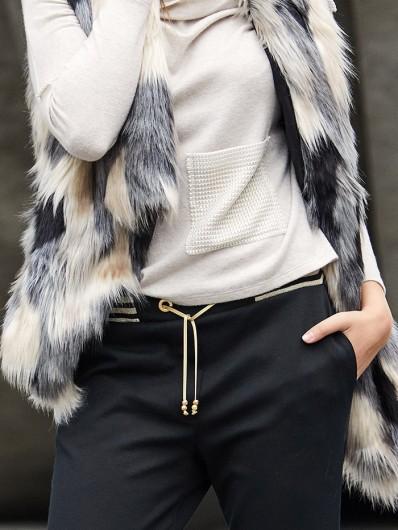 Czarne zawężone spodnie, wygodne , sportowe i eleganckie ze ściągaczem Bee Collection Anatola