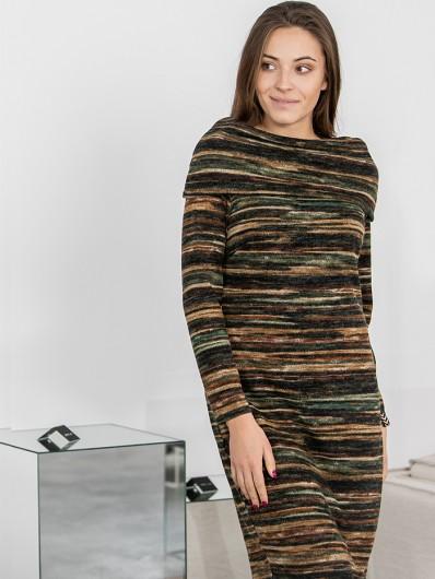 Sukienka z miękkiej dzianiny swetrowej z rękawem i golfem Bee Collection Odeta
