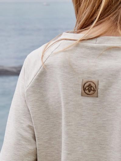 Polski producent bluz, eleganckie i wygodne w noszeniu Bee Collection Explorer