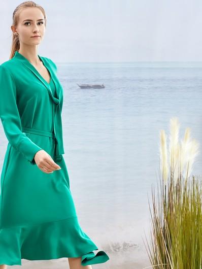 Sukienka wiązana pod szyją, koktajlowa, elegancka w nowoczesnej formie Bee Collection