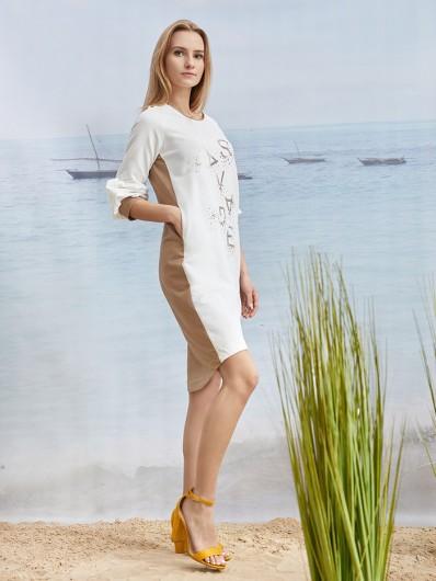 Wygodna, a zarazem elegancka sukienka midi z autorskim nadrukiem z dzianiny Bee Collection Buffo