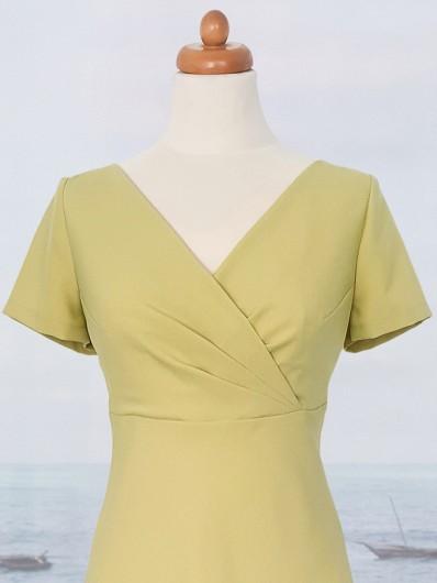 Rozkloszowana koltajlowa sukienka limonkowa z krótkim rękawem za kolano Bee Collection Vox