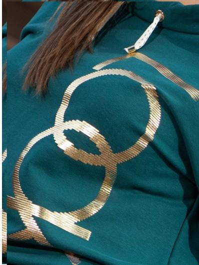 Autorski złoty nadruk i wygodna bawełna to połączenie tworzące styl sportowej elegancji Bee Collection Look