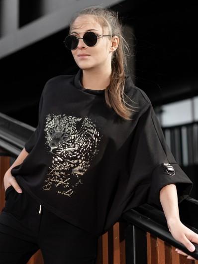 Bluza w stylu sportychic, czarna tuszująca z nadrukiem pantery i rękawem 3/4 Bee Collection Niren