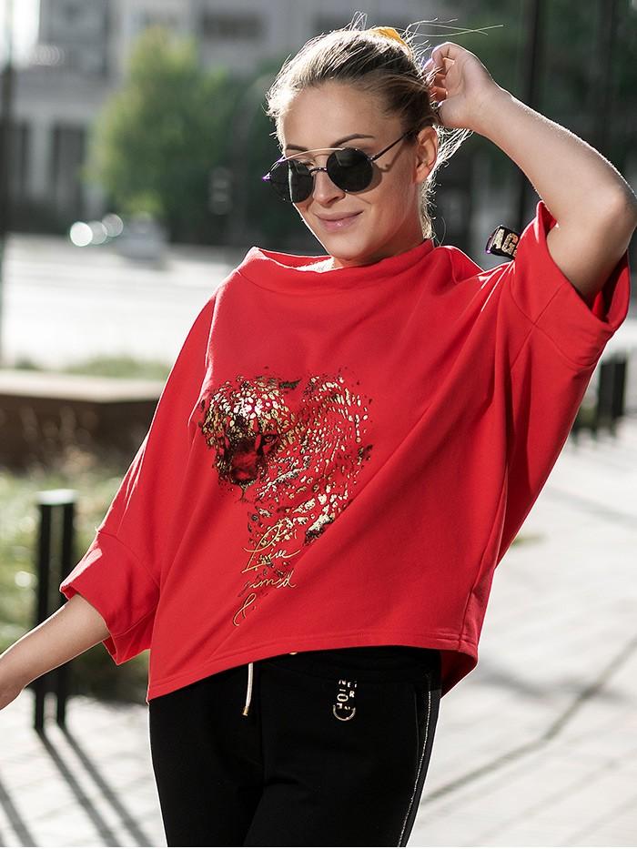 Modna, nowoczesna bluza czerwona w motyw pantery i z rękawem 3/4 Bee Collection Niren