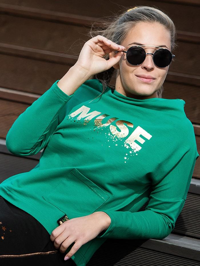 Bluza z autorskim złotym nadrukiem w zielonym kolorze z stylu casual z nutą elegancji Bee Collection Muse