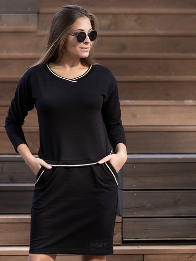 Modny, nowoczesny ponadczasowy fason czarnej sukienki z dzianiny z rękawem Bee Collection Luda
