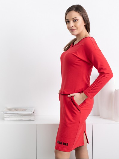 Elegancka czerwona sukienka w sportowym stylu, modna, wygodna Bee Collection Luda