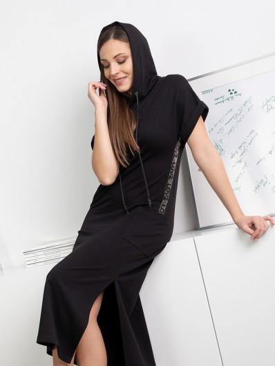 Wygodna, bawełniana czarna sukienka do pracy i na co dzień z kapturem i dżetami Bee Collection Luxia