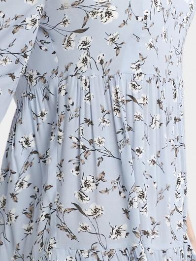 Sukienka w kwiatowy wzór w łączkę, błękitna do kolan Bee Collection Weronika