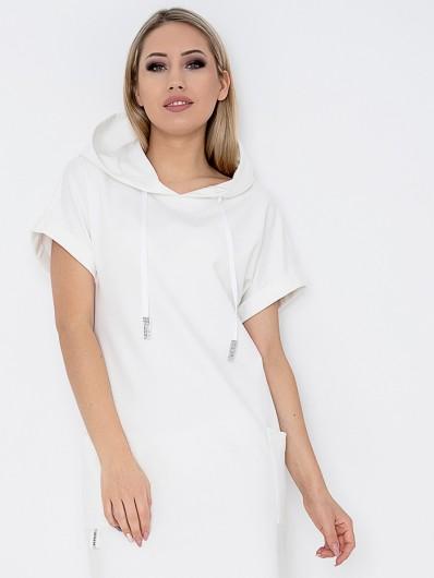 Sukienka z białej dzianiny w stylu sportowej elegancji, sportychic, wygodna do kolan z rękawem Bee Collection Luxi